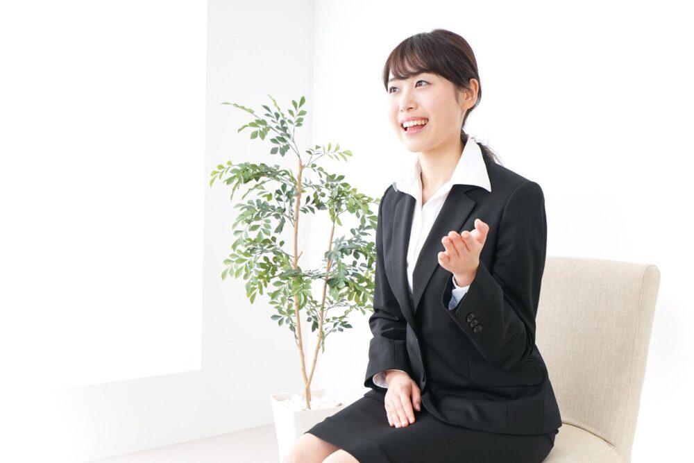 【就職×歯並び】歯列矯正をしていると就活で不利になってしまうの?