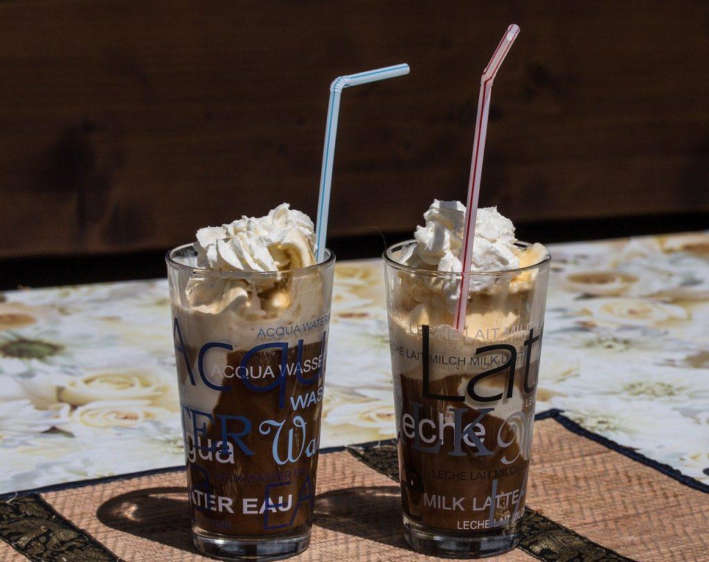 アイスコーヒーアイスクリームの背